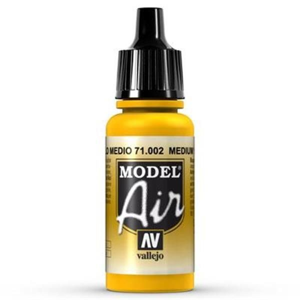 Vallejo Model Air: 002 Medium Yellow 17ml (71002)
